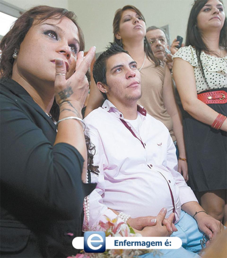Homem ao dar à luz na Argentina relata o caso inédito