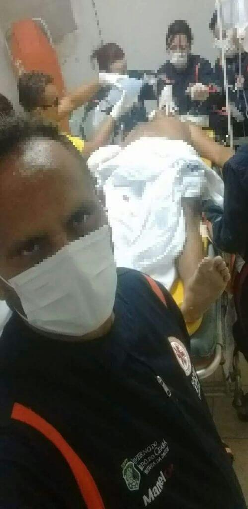 Samu investiga socorrista que fez selfie durante reanimação de paciente