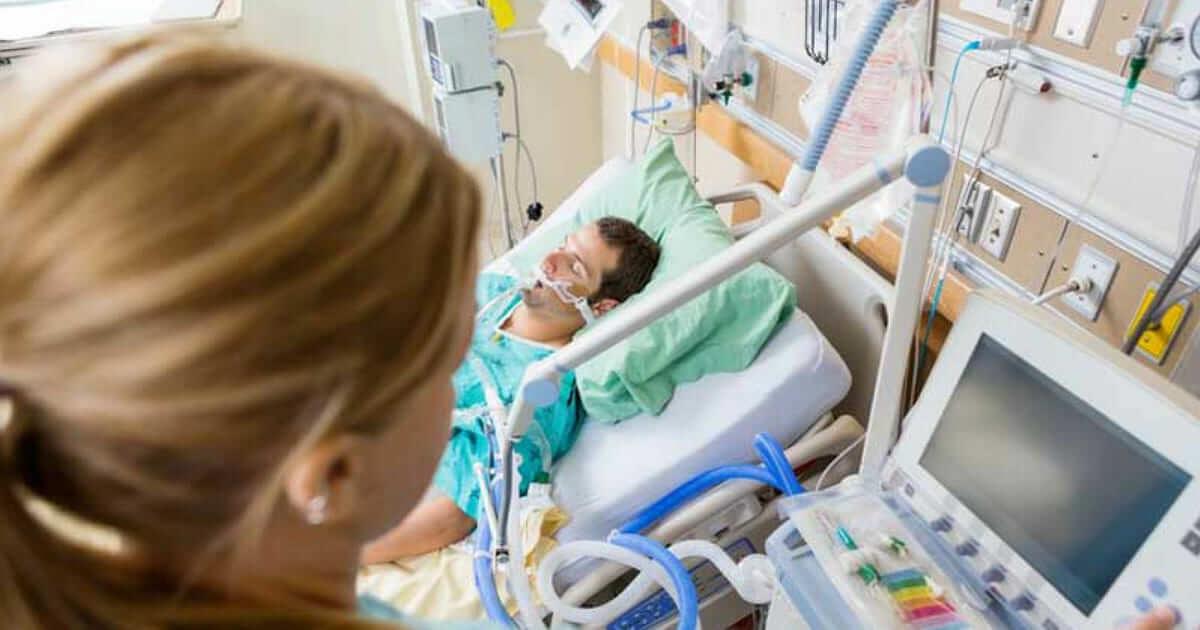 Criando uma Identidade do Cuidado pelo Enfermeiro da UTI