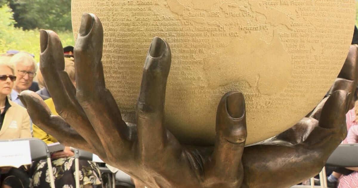 Enfermeiras que serviram nas Guerras Mundiais são lembradas com escultura
