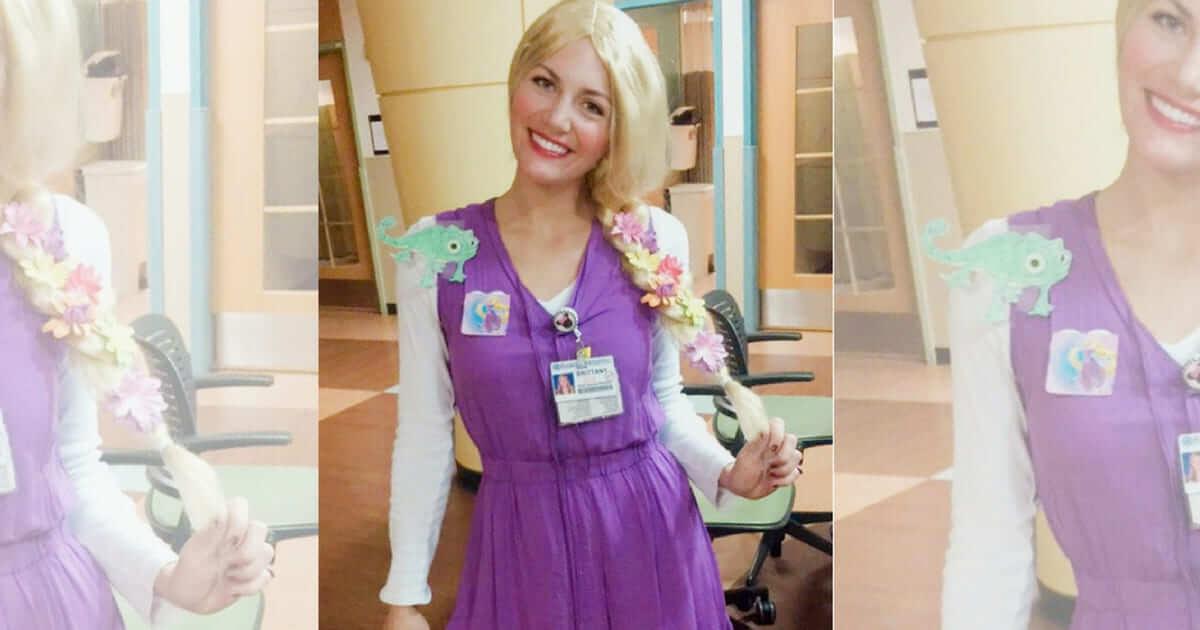 Enfermeira à bordo socorre mulher epilética