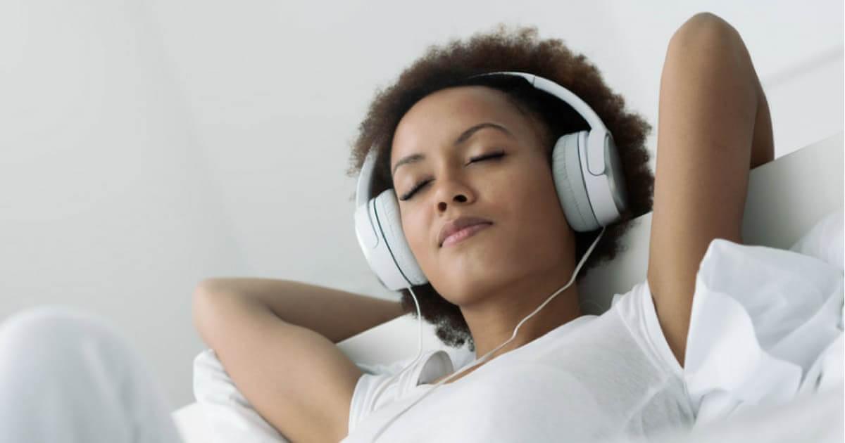 Pequena perda de audição pode abrir a porta para demência em sua vida
