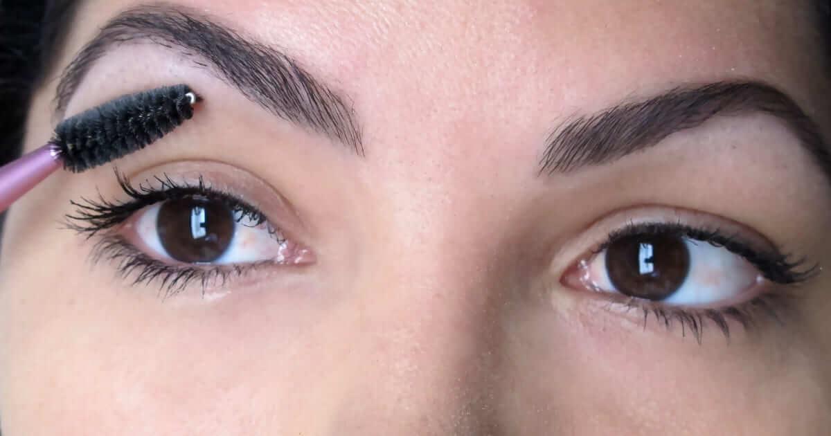 Design de sobrancelhas podem causar infecções sérias