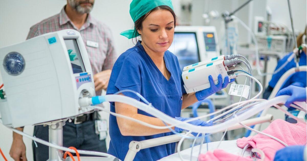 Carta de enfermeira para acompanhante da Unidade de Terapia Intensiva - UTI