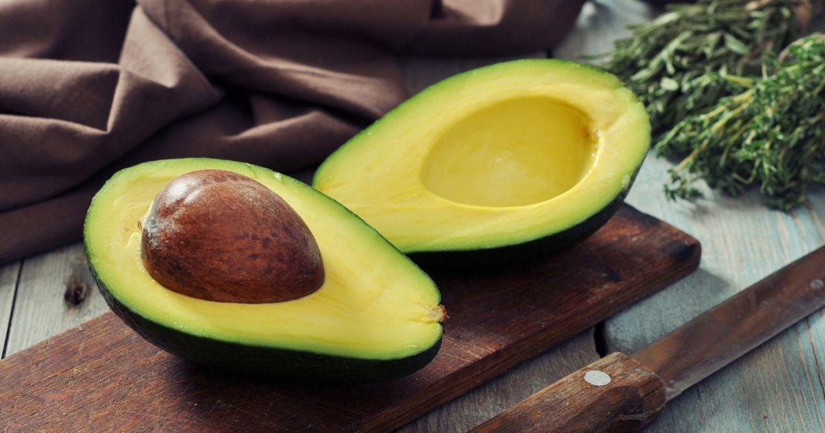 Benefícios comprovados do abacate para a sua saúde