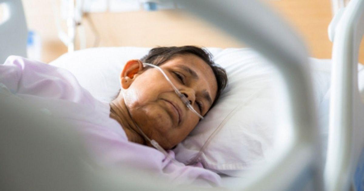 Muitos profissionais de saúde trabalham quando estão doentes, diz pesquisa