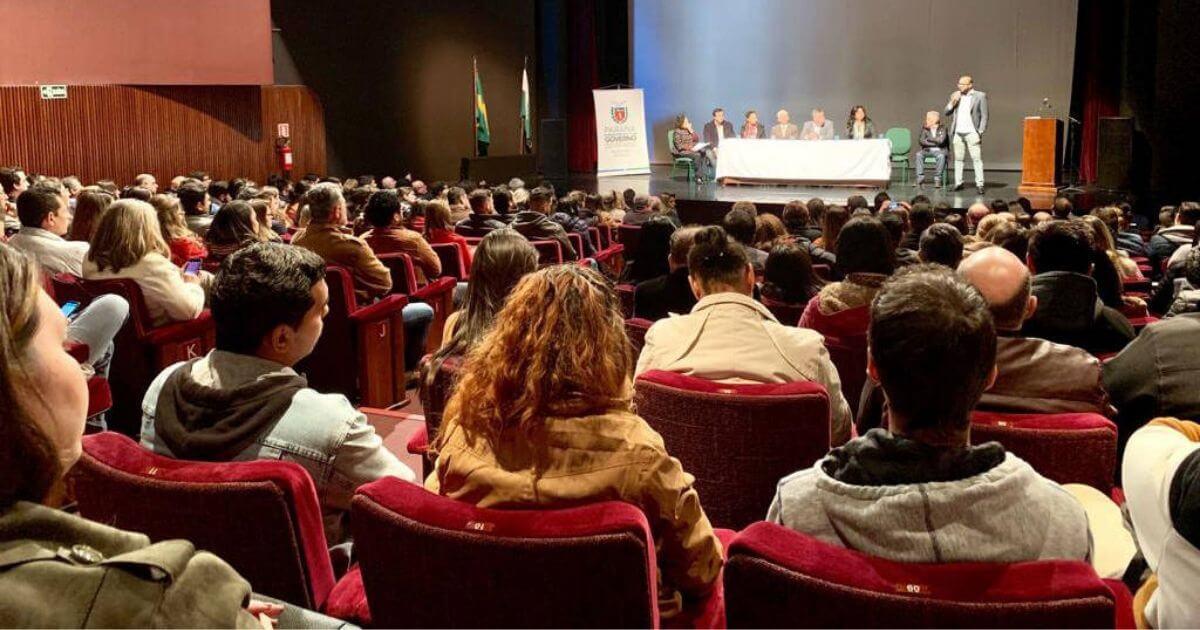 Municípios paranaenses receberão 456 profissionais do Programa Mais Médicos