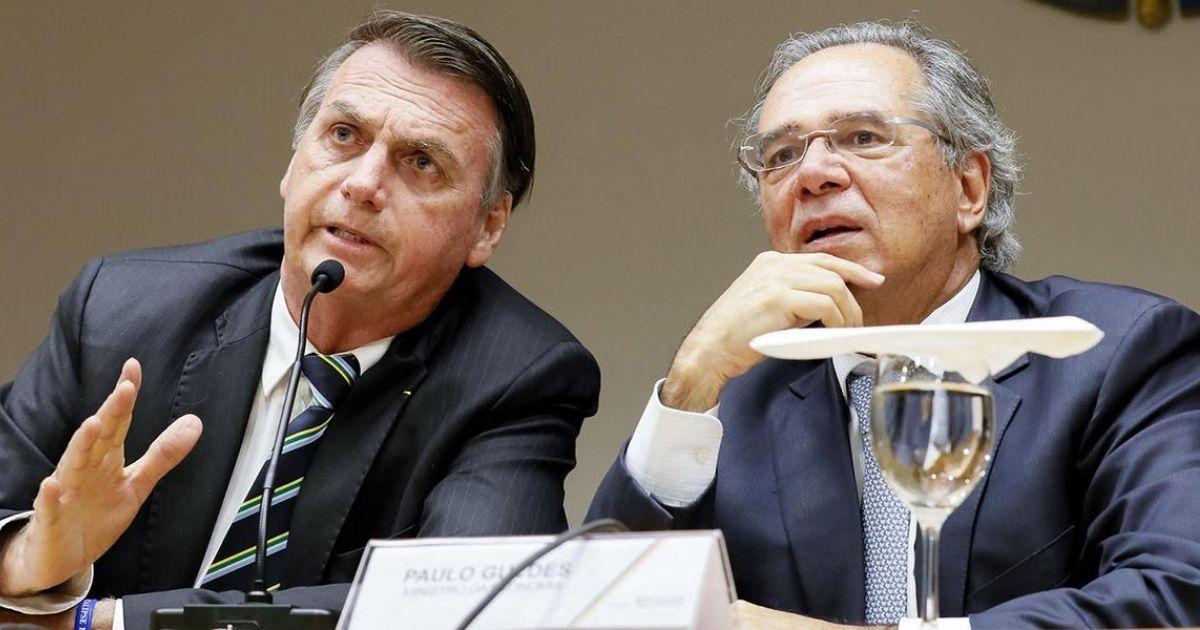 Paulo Guedes quer acabar com adesão obrigatória de profissionais aos conselhos de classe