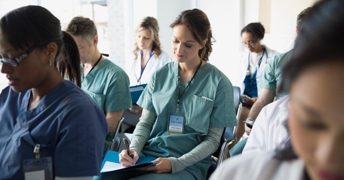 OPAS convida profissionais a apoiarem o Ano da Enfermagem
