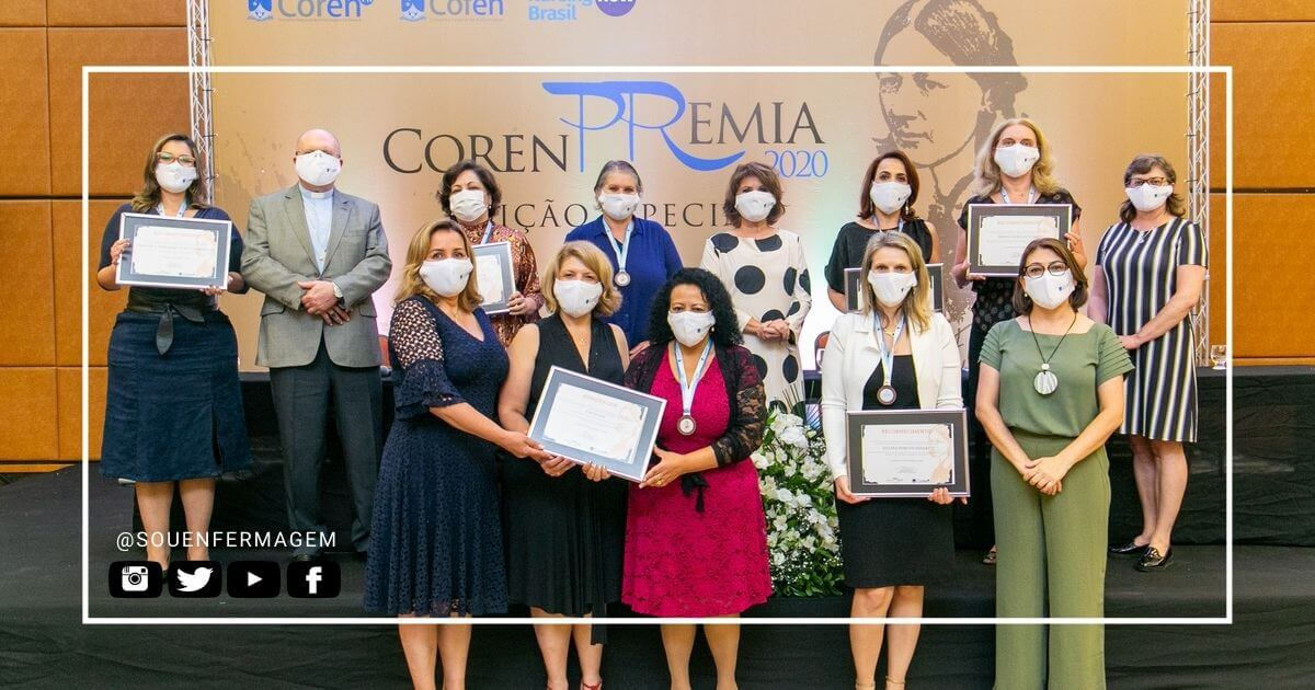 Coren-PR presta homenagem a profissionais de Enfermagem